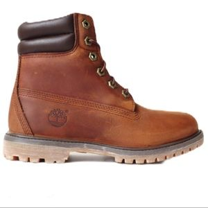"Timberland Women's 6""Double Sole Collar Boots"